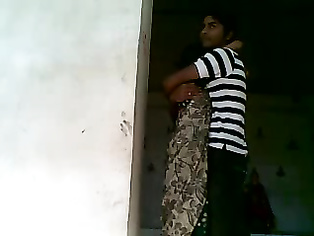 relieving themselves like this Bijnor bhabhi afternoon sex with her husb