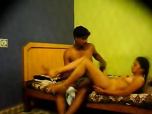 Indian college couple from Bangalore fucking in hotel room.