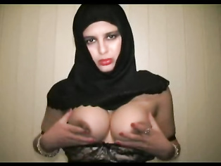 Amateur indian housewife sharimara removing her bra, playing with her big juicy boobs.