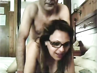 Mumbai housewife Anjali giving her hubby a nice hot blowjob