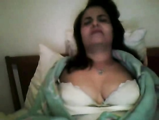 Punjabi bhabhi shubhneed kaur from Chandigarh getting naked and getting tits massages on webcam.