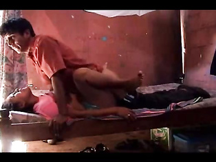 Young Indian college couple homemade hardcore sex scandal, young girl gets her pussy licked and fucked hard in missionary style.