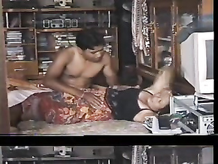 Lucknow Married Couple Sex - Movies. video2porn2