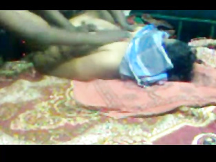 Pakistani hot Razia giving very hot blowjob
