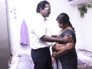Tamil Bhabhi Foreplay - Movies.