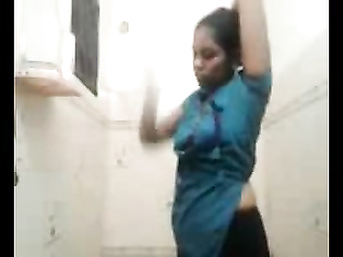 Telugu Bhabhi Shower - Movies.