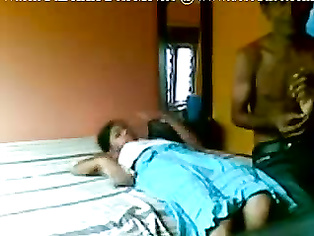 Indian Couple Leaked MMS - Movies. video2porn2