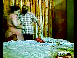 Hot video clip featuring couple from Amritsar enjoying his friends wife at her place.
