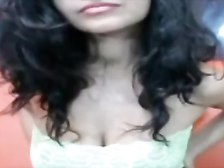 Indian Babe Amrutha Cam Show - Movies.