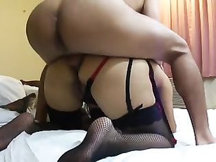 This lovely bhabhi is all natural. video2porn2