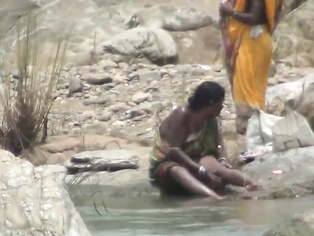 Bihari Amateur At River - Movies. video2porn2