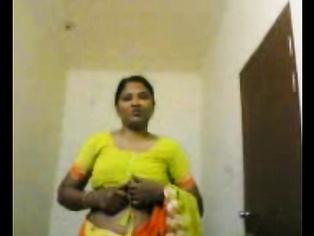Aunty In Green Sari Stripping - Movies.
