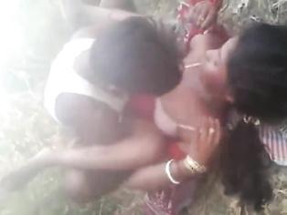 Bihari raand sucking her client cock before getting fucked missionary style with pillow below her big ass cheeks lifting her legs to get maximum penetration filmed by her friend fucking in open fields in Patna outskirts.