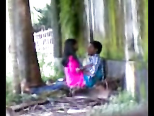 Couple In Park Love MMS - Movies.