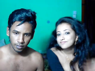 Now here's a married SriLankan young sexy wife that knows how to suck dick! See Rizna deep throat 7 inches of Riyaneth her husband.