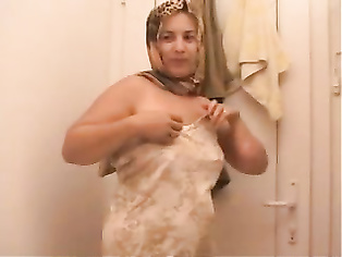 Hijabi Pakistani Bhabhi MMS - Movies. video2porn2