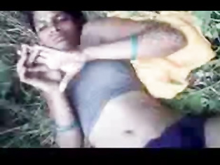 Desi Raand Naked In Field - Movies.