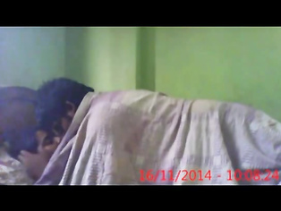 s giving glimpse of her water melons while pulling up her white bra in this must watch leaked MMS