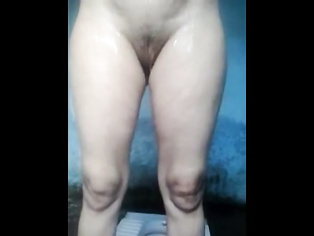 Bihar Bhabhi Shower MMS - Movies.