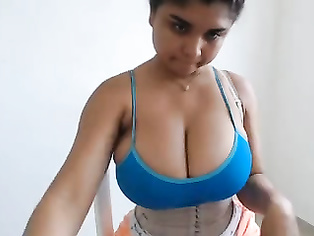 Bhopali Babe On Live Cam - Movies. video3porn3