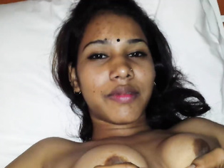 Indian Babe Ayesha Pussy - Movies. video2porn2