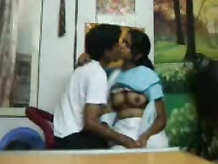 Lucknow College Couple - Movies. video3porn3