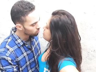 British Indian Couple Kissing - Movies. video2porn2