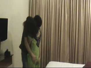 Indian couple honeymoon sex movie. video2porn2