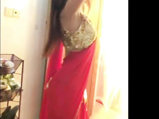 Hot Indian Girl Dance In Sari - Movies. video2porn2