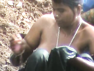 Indian Amateur Bathing - Movies.