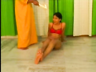 Desi Babe Seema Waxing - Movies.