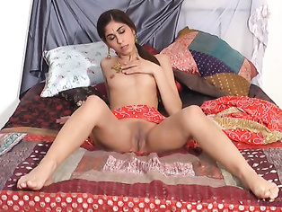 Horny Indian babe rides her boyfriends cock in cowgirl position showing lovely ass cheeks till he cums inside her cunt in hotel
