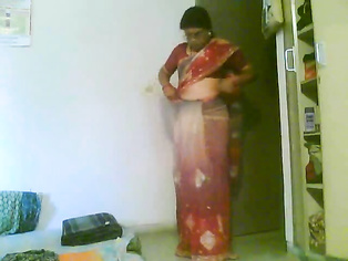 Housewife Caught Changing - Movies.