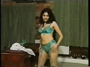 Hot Indian Spicy Babe Mitali - Movies.