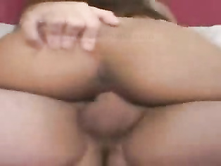 Lovely pussy and big clit, would love to taste the pussy and chew the clit
