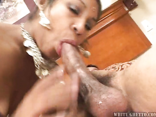 always wanted some indian pussy i bet it was hot and tight