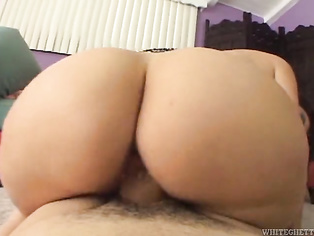 Love to lick her wet cunt before dumping a load inside it