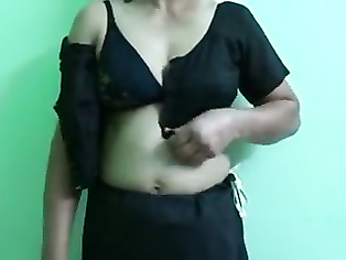 Bangla housewife stripping in front of her lover.