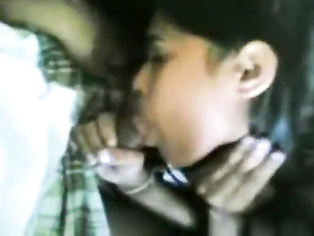College girl Sumi with lover free porn MMS video.