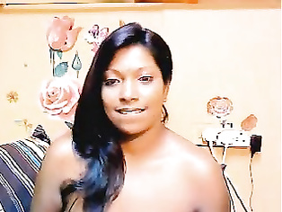 Indian housewife Rashmi performing like cam girl.
