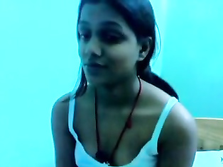 Sneha Punjabi College Girl Exposing herself.