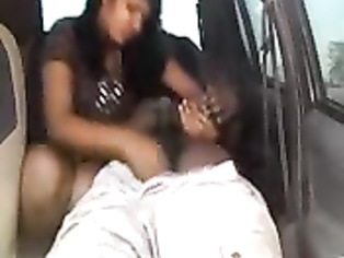 Amateur Indian couple fucking inside parked car.