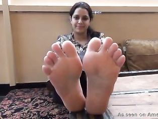 Amateur Indian foot fetish.