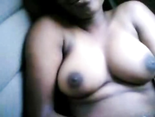 Desi amateur showing her tits in the car.