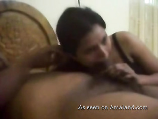 Homemade Desi sex tape.