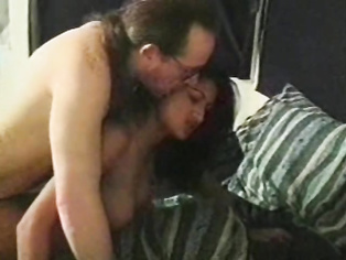 Wow love that hairy indian pussy wana bury my face in there