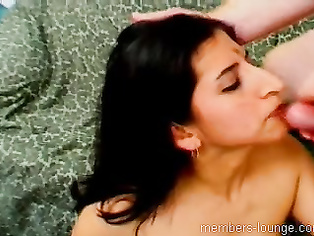Very awesome I didnt know this aunty can squirt like that