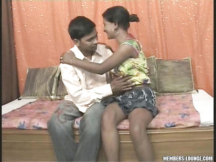 Indian Teen Nilofer Getting Cock Of Salman.