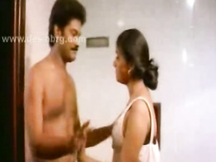 This is by far the hottest Indian amateur video I've ever seen