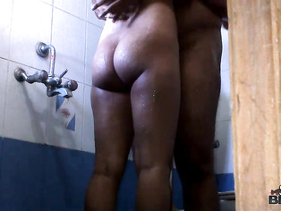 This movie features Indian housewife Shilpa who are bored sitting at home and the only thing to break up her boredom is experiencing some cock that will invigorate her senses.